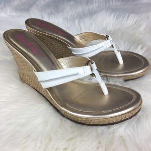 Lilly Pulitzer McKim White Wedge Sandals Shoes 8